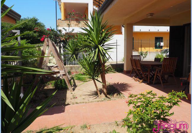 Villa a Isola di Capo Rizzuto - VILLA GIGLIO MARINO: AFFITTO CASE VACANZE CALABRIA