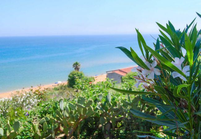 Villetta a Isola di Capo Rizzuto -  AFFITTO CASE VACANZE CALABRIA : Villino Corallo