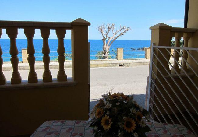 Appartamento a Isola di Capo Rizzuto - JAPIGIUM CALAMARO VISTA MARE: APPARTAMENTI VACANZE CALABRIA: