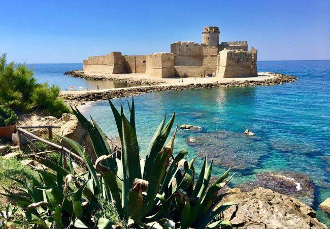 Residence a Isola di Capo Rizzuto - CASE VACANZE LE CASTELLA N.2 | RESIDENCE LE CASTELLA