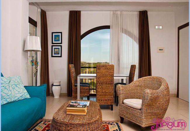 Residence a Le Castella - LE CASTELLA RESORT & BEACH  TRILO: RESIDENCE LE CASTELLA