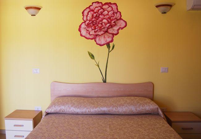 Affitto per camere a Isola di Capo Rizzuto - Tenuta Madre Terra | Camera Garofano