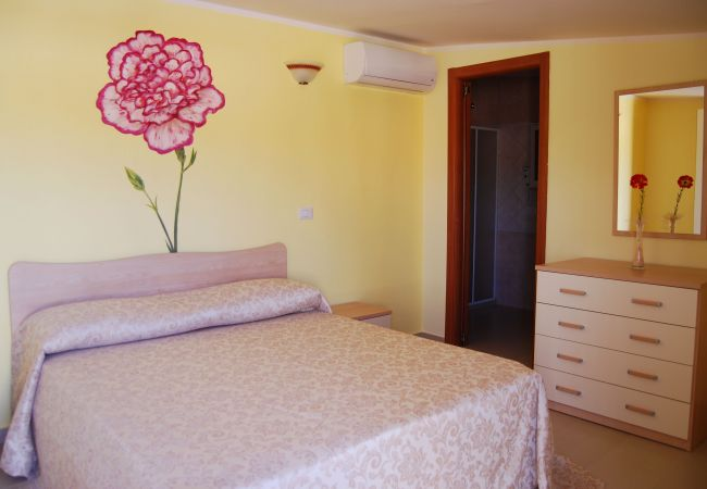Affitto per camere a Isola di Capo Rizzuto - CAMERA GAROFANO |TENUTA MADRE TERRA