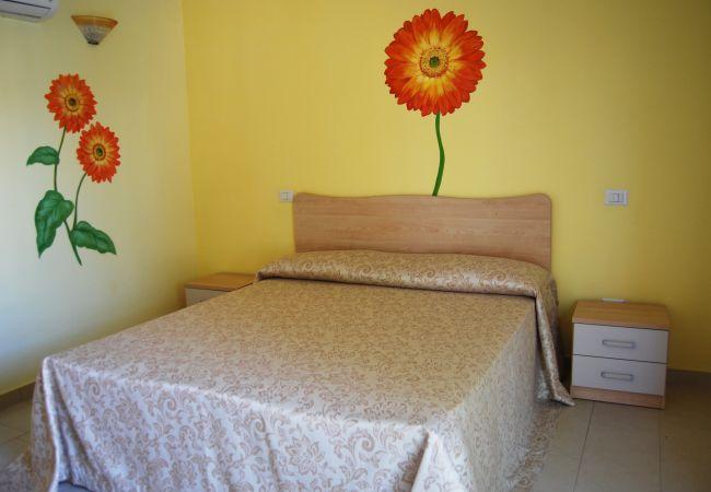 Affitto per camere a Isola di Capo Rizzuto - Tenuta Madre Terra | Camera Gerbera