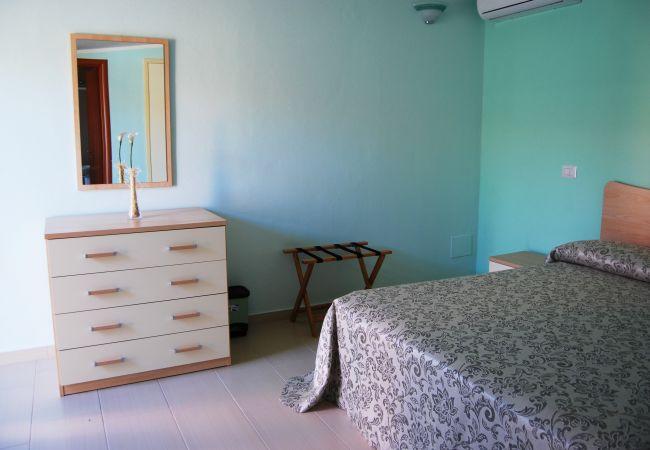 Affitto per camere a Isola di Capo Rizzuto - Tenuta Madre Terra | Camera Giglio