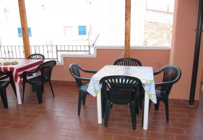 Appartamento a Isola di Capo Rizzuto - JAPIGIUM CASA VACANZE MARE CHIARO ROSA| APPARTAMENTI VACANZE CALABRIA