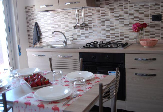 Appartamento a Capo Rizzuto - CRISVAN HOME TRILO MARE | CASA VACANZE CAPO RIZZUTO